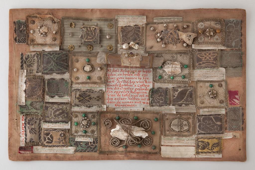 Tableau met relikwieën